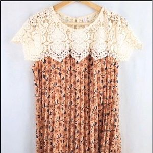 Xhilaration Floral Print Dress Pleated Medium